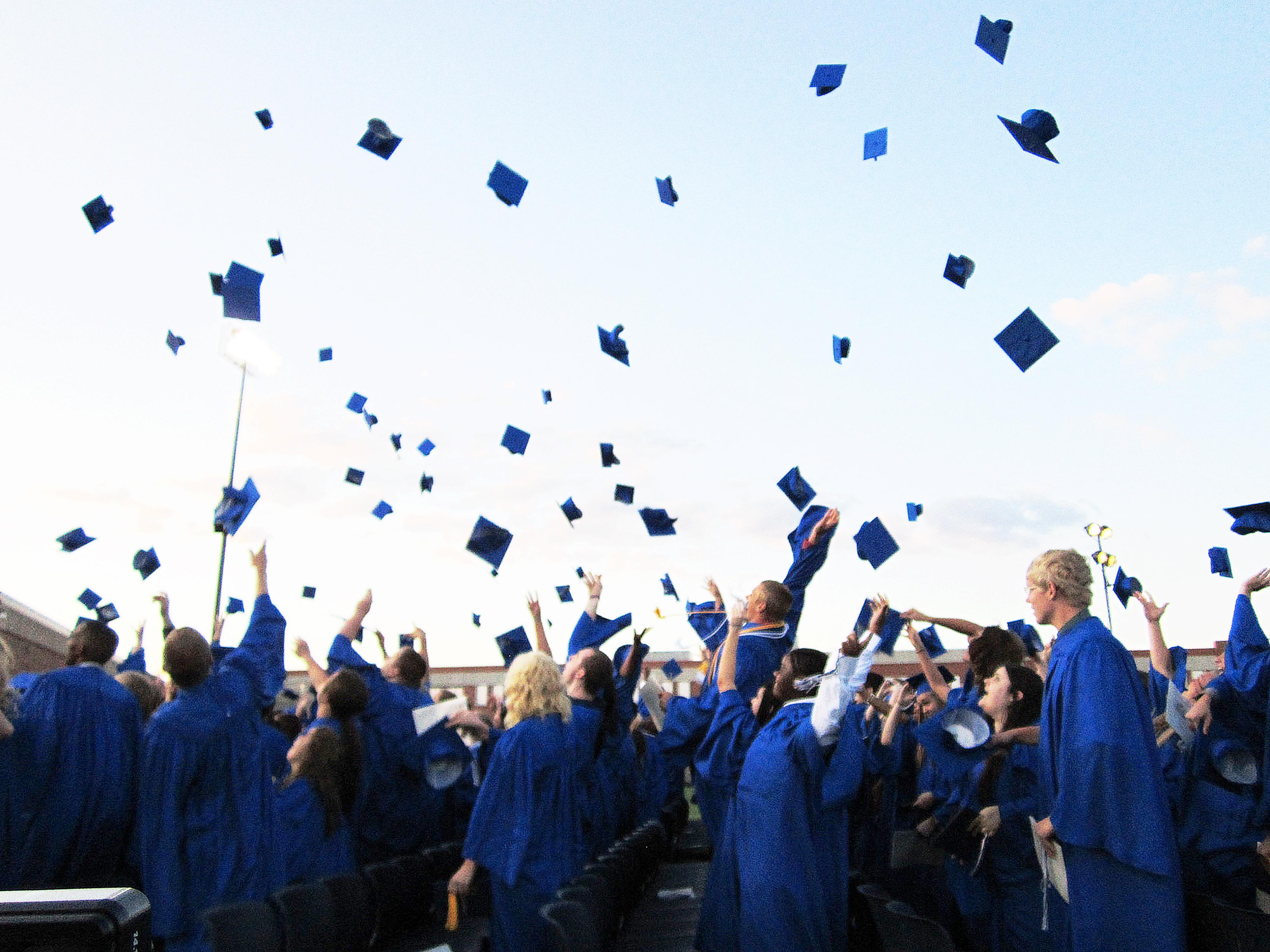 000_kiel-graduation-2012-268